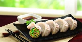 猪肉韭菜蒸饺